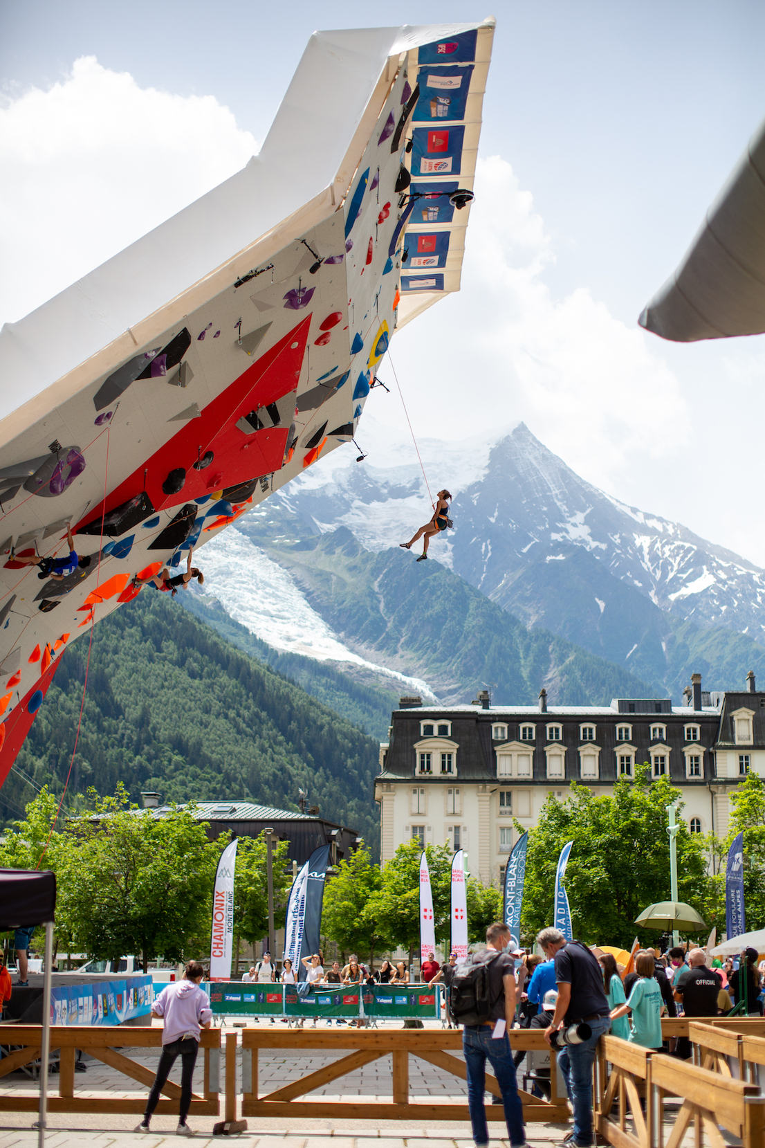 Molly Thompson-Smith climbing at the IFSC Lead World Cup in Chamonix